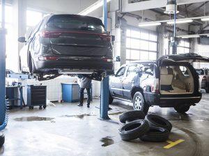 自動車修理、買い取り紹介